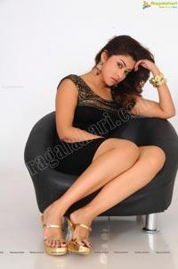 Payal Ghosh Armpit Show in Black