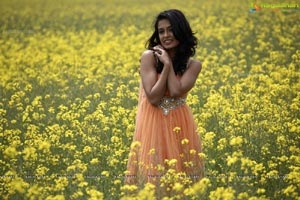Sarah Jane Dias in Beautiful Flower Gardens