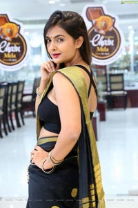 Neha Deshpande in Saree