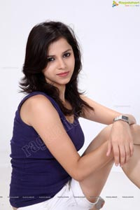 Beautiful Himani Singh Ragalahari Studio Shoot