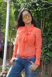 Heroine Divya Singh