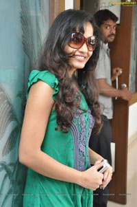 Madhavilatha at Santosham Magazine Press Meet