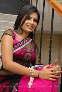 Neelima Shetty Naa Style Naade