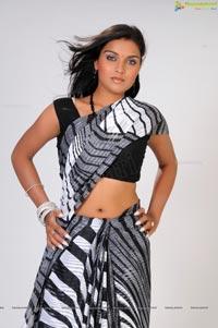 Divya Rao Photos