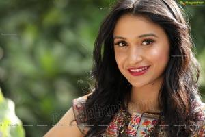 Sakshi Kakkar Ragalahari Exclusive Photo Shoot