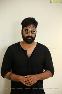 Gautham at Manu Trailer Launch