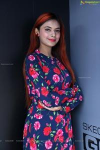 Neha Gupta Cakewalk