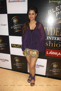 Meera Chopra at Hyderabad International Fashion Week 2011 (Day 3)