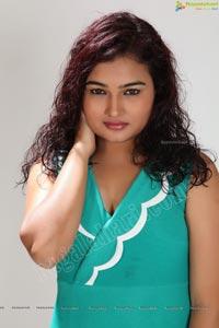 Telugu Heroine Mythili