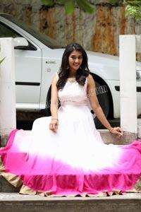 Pooja Jhaveri