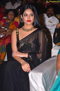 Riddhi Kumar