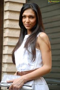 Shamita Singha