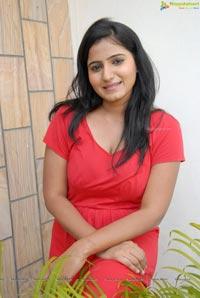 Amma Naana Oorelithe Tanusha