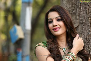 Telugu Heroine Diksha Panth