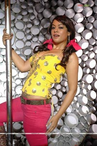 Mumaith Khan Photo Gallery