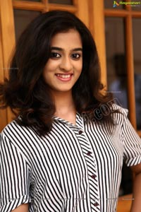 Smiling Beauty Nandita Photo Shoot