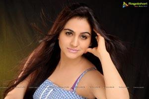 Beautiful Aksha Pardasany Image Portfolio