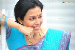 Asha Shaini in Married Lady Getup Stills