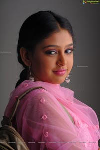 Niti Taylor Studio Shoot
