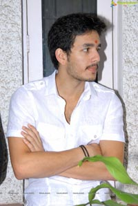 Hero Akhil Akkineni