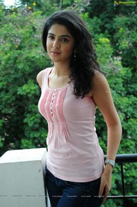 Deeksha Seth in Sexy Sleeveless Dress