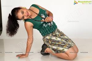Heroine Mythili Exclusive Photos