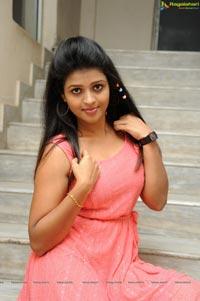 Telugu Heroine Ashwi