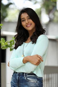 Pooja Jhaveri Ragalahari