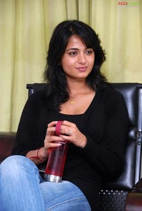 Anushka Photo Gallery
