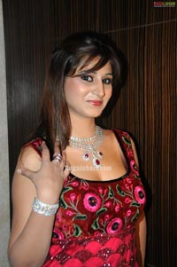 Shamili Photo Gallery at HITEX International Gems & Jewellery Expo 2010