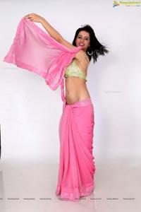 Niir Arora Midriff Saree Photos