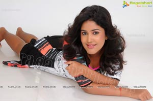 Exclusive Shona Niyogi Studio Shoot