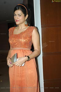 Shraddha Das in Sleeveless Orange Frock
