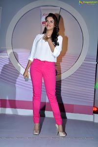 Photos of Asin at Fair and Lovely Expert Express
