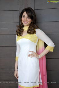 Milky White Indian Beauty Tamanna Photos