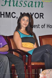 Photos of Richa Gangopadhyay at Discount Card