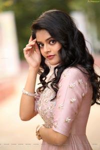 Riddhi Kumar Photoshoot