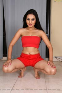 Anu Smruthi Red Hot Photos