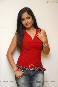 Madhavilatha at Muse Art Gallery