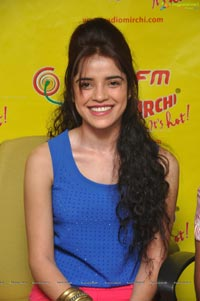 Pia Bajpai at Radio Mirchi
