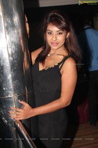 Sri Reddy Mallidi Hot Photos