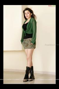 Hansika Portfolio Photos