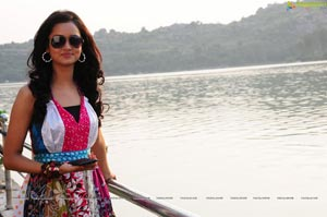 Mumbai Heroine Shanvi High Definition Photos