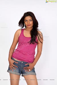 Beautiful Anjali Dwivedi in Sleeveless Dress