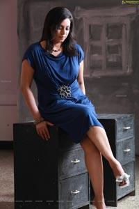 Singer Madhoo Image Portfolio