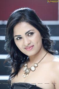 Heroine Srushti Dange