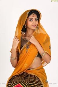 beautiful anusri rao in half saree   ragalahari exclusive