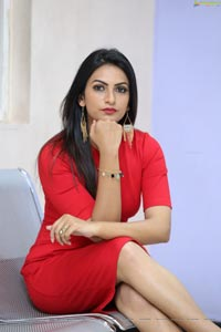 Swetha Varma HD Photos
