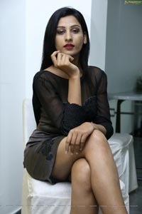 Zeba Anjum Heroine