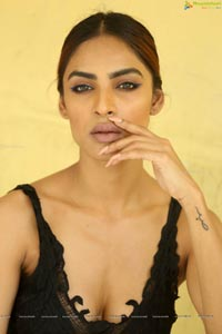 Nasreen Shaikh